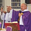 Arcebispo Militar do Brasil, Dom Fernando, celebra missa em Manaus (AM)