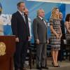 Presidente Temer recebe no Palácio do Planalto oficiais generais recém-promovidos