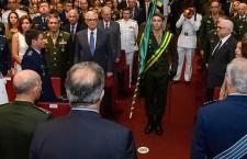 General de Exército Décio Luís Schons assume comando da Escola Superior de Guerra