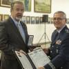 Academia da Força Aérea realiza cerimônia de entrega de espadins a 181 novos cadetes com a presença do Ministro da Defesa e do Comandante da Aeronáutica