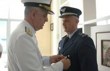 Comandante e Chefe do Estado-Maior da Ala 10 recebem Medalha Mérito Tamandaré