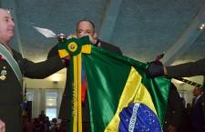 Ministro da Defesa, comemora Dia do Soldado com comandantes dos Exércitos Brasileiro e Uruguaio