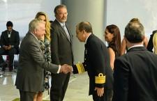 Oficiais generais recém-promovidos recebem cumprimentos do Presidente Temer