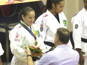 Judô brasileiro garante duas medalhas de Ouro na UNIFA