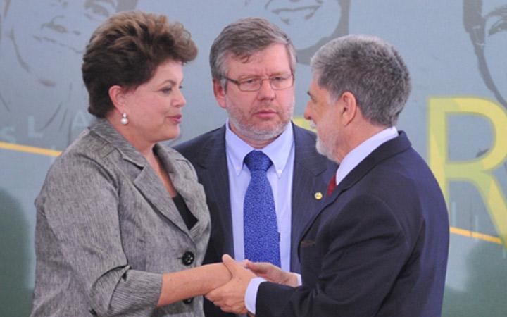 """Para a Presidenta Dilma, Amorim é """"o homem certo no lugar certo"""""""