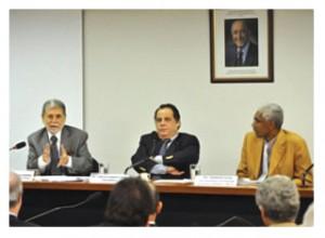Amorim destaca necessidade de orçamento sólido e constante para Forças Armadas