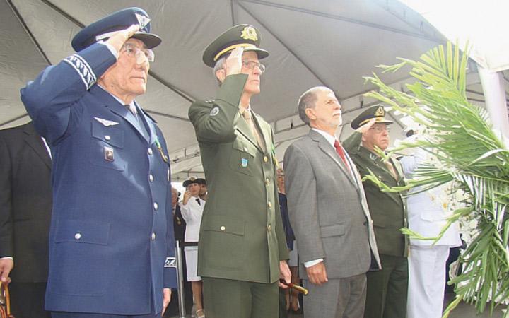 Cerimônia do Dia da Vitória reverencia  ex-combatentes da 2ª Guerra Mundial