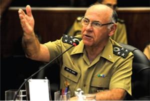 General De Nardi, chefe do EMCFA