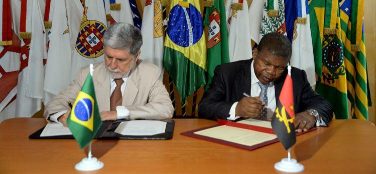 Brasil vai apoiar desenvolvimento do Poder Naval de Angola