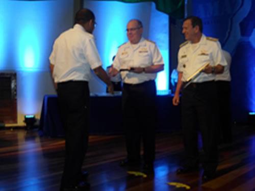 Delegacia da Capitania dos Portos em Laguna recebe Prêmio Excelência em Gestão 2015