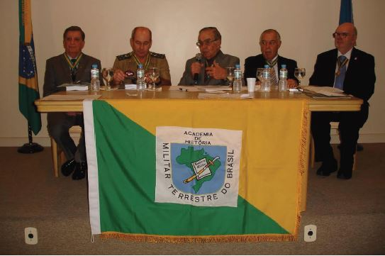 Sessão Solene da Academia de História Militar Terrestre do Brasil no Clube Militar