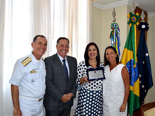 Almirante de Esquadra Ilques, Vice-Almirante Afranio, Cecília Phillips  e Christiani Prisco Leal Ferreira