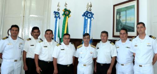 Oficiais da Armada Boliviana foram recebidos pelo Comandante do 6º Distrito Naval