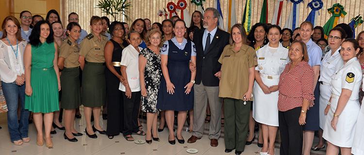 Ministerio da Defesa comemora Dia da Mulher