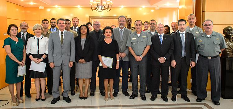 A Secretaria Geral do Ministério da Defesa em comemoração aos 4 anos de atividades