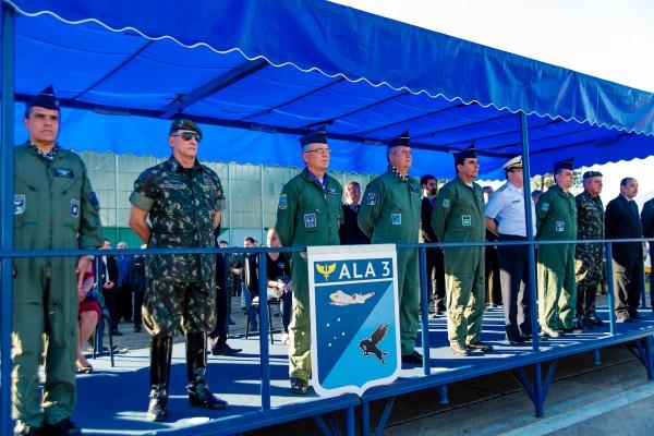 Brigadeiro Arnaldo Silva Lima Filho assume Comando da Ala 3 em Canoas