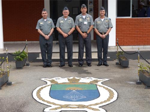 Comandante da Marinha, Almirante de Esquadra Leal Ferreira, visita a ERMCN