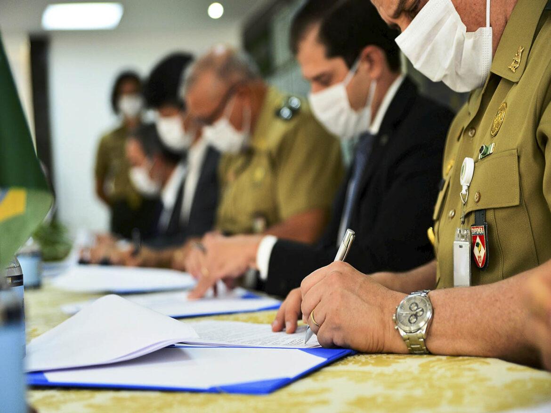 Exército Brasileiro assina protocolo de intenções para uma parceria inédita na área da gestão imobiliária