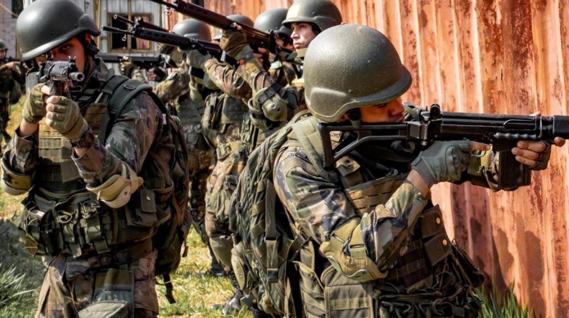 Centro de Instrução de Operações Urbanas ministra estágio conjunto para cadetes da AMAN e da AFA
