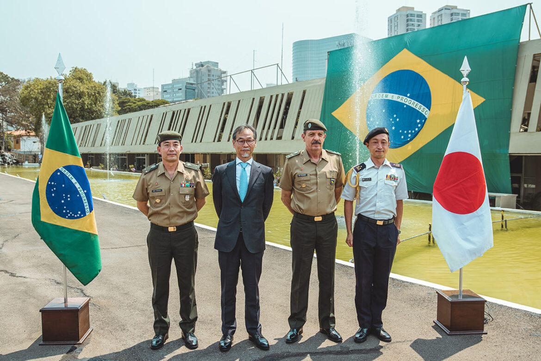 Cônsul-Geral do Japão em São Paulo visita o Comando Militar do Sudeste