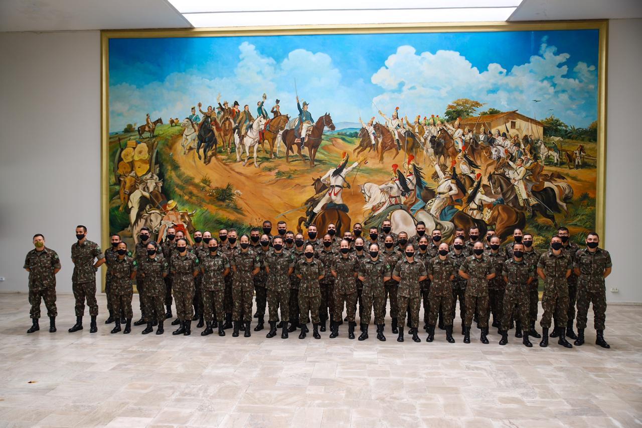 Comando Militar do Sudeste recebe cadetes do Curso de Intendência da AMAN para Estágio de Operações Logísticas