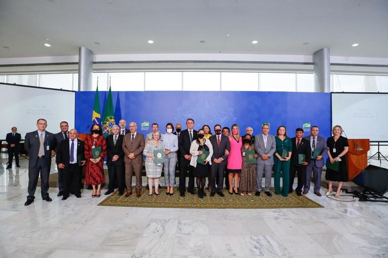 Dia do Servidor Público é comemorado em cerimônia no Palácio do Planalto