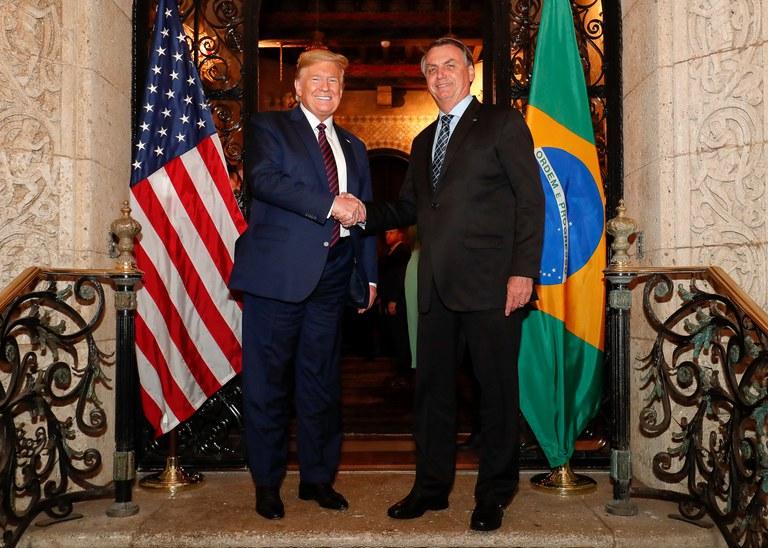 """""""Elevamos a parceria entre o Brasil e os Estados Unidos ao seu melhor momento"""", diz Presidente Bolsonaro em evento virtual"""
