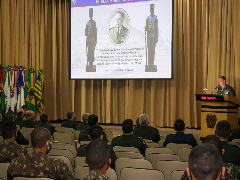 Escola de Comando e Estado-Maior comemora seus 115 anos de criação