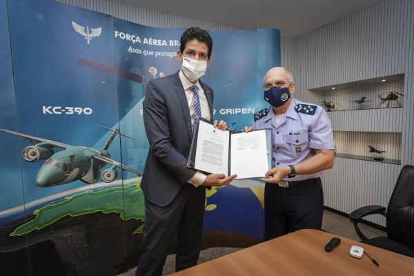 FAB e Ministério da Infraestrutura assinam portarias do Plano de Zoneamento Civil-Militar