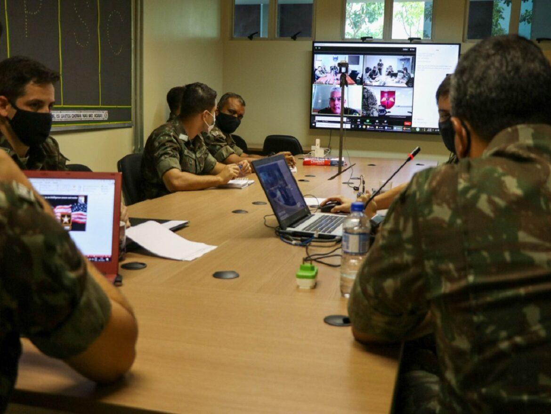 Intercâmbio com o Comando Sul de Operações Especiais do Exército dos EUA