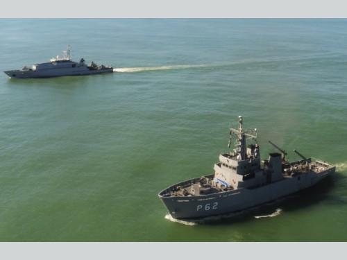 Ações de patrulha naval simultâneas das Marinhas do Brasil e da França reforçam segurança na região norte do País