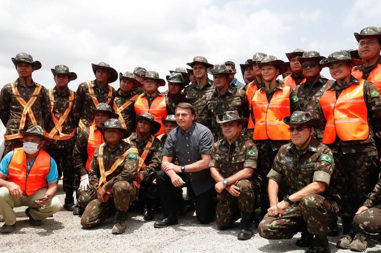No Maranhão, Presidente Bolsonaro visita obras e inaugura empreendimento