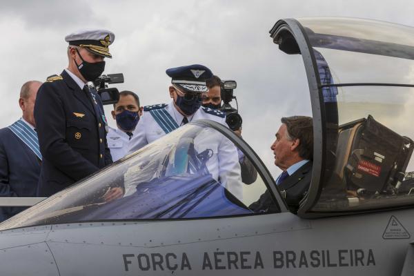 Cerimônia em Brasília (DF) celebra o Dia do Aviador e o Dia da Força Aérea Brasileira
