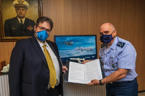 FAB e AVIBRAS firmam parceria para o desenvolvimento conceitual de mísseis