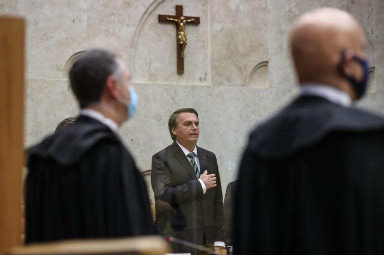 Presidente Bolsonaro participa de solenidade de posse de novo ministro do STF