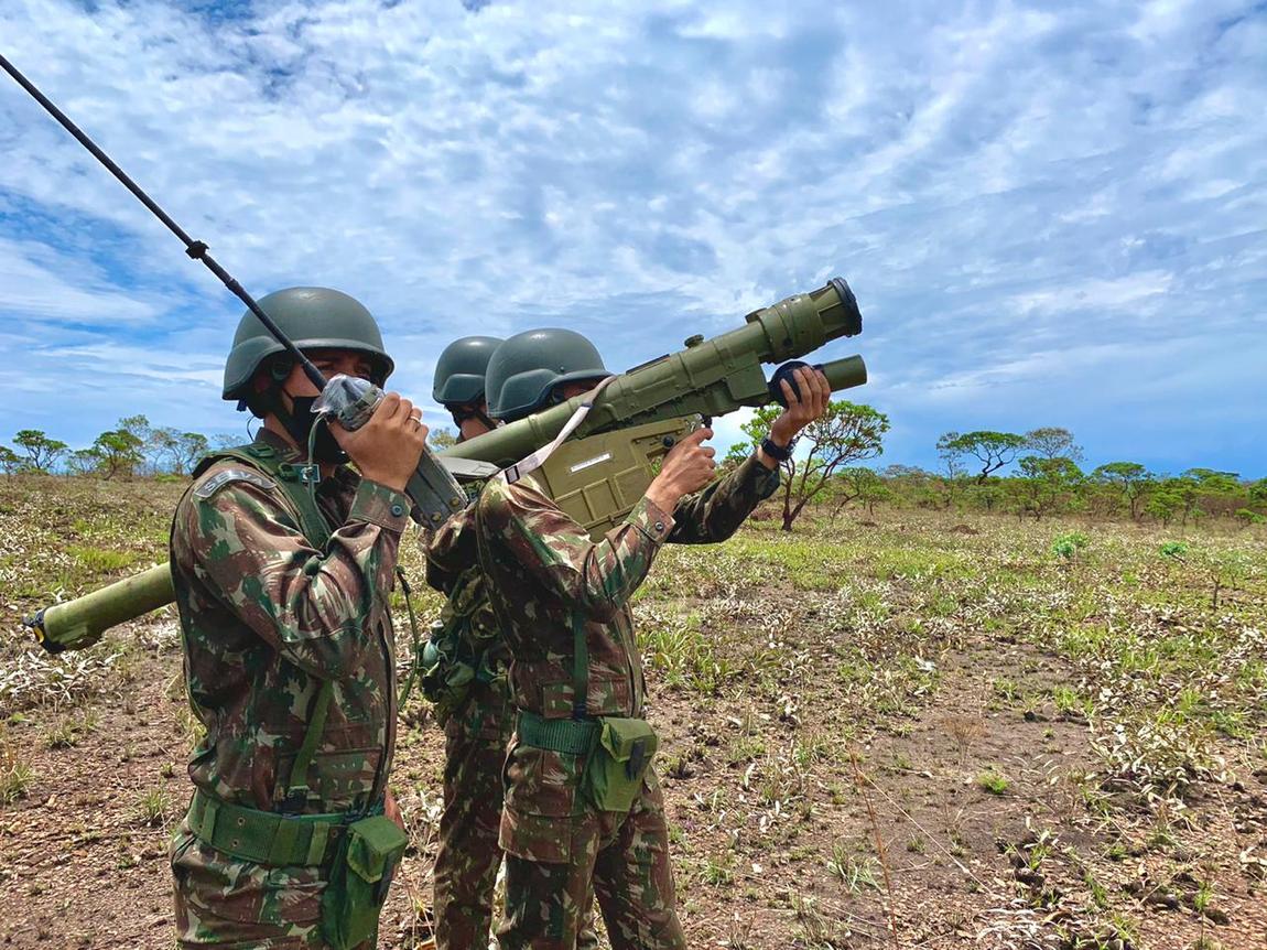 Treinamento para defesa antiaérea é foco de operação militar integrada