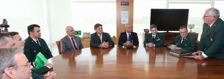 Diretores do Conselho Nacional de Oficiais da Reserva foram recebidos pelo Presidente da República
