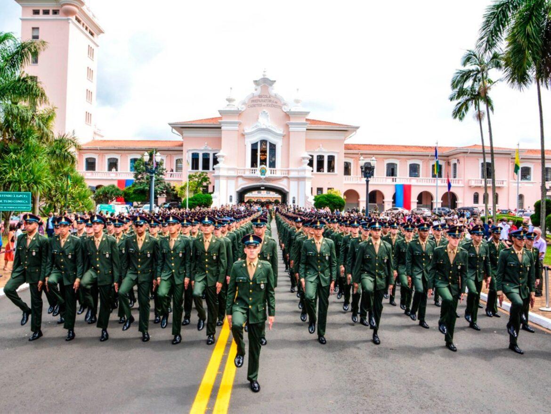 434 Alunos da EsPCEx conquistam o sonho de prosseguir na carreira rumo à Academia Militar das Agulhas Negras