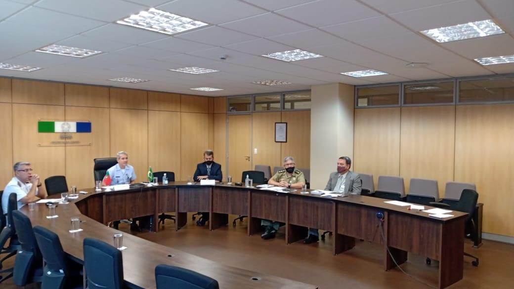 Brasil e Portugal buscam aproximação no setor de Defesa