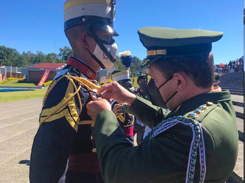 Entrega da Medalha Marechal Hermes na Escola Politécnica do Exército da Guatemala