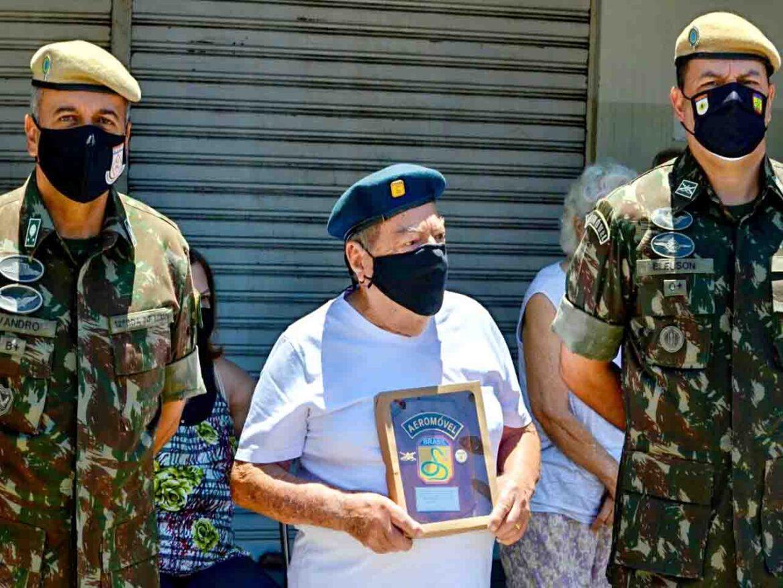 Homenagem a ex-combatente da Força Expedicionária Brasileira, pelos seus 99 anos