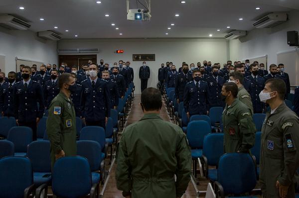 Curso de Preparação de Oficiais de Esquadrão marca início de especialização operacional