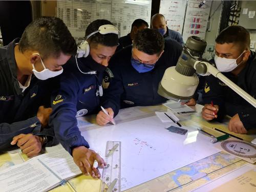"""NAM """"Atlântico"""" realiza exercícios de preparação para """"Aspirantex/2021"""""""