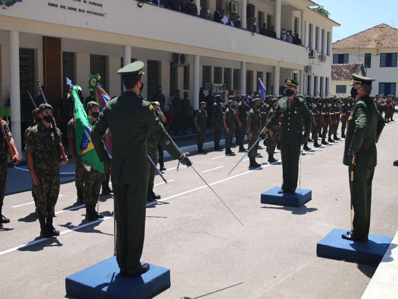 No Rio de Janeiro, Escola tem novo Comandante