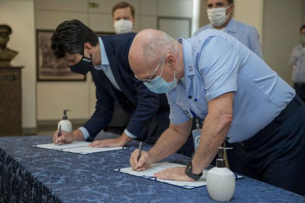 FAB e BNDES assinam acordo de cooperação técnica