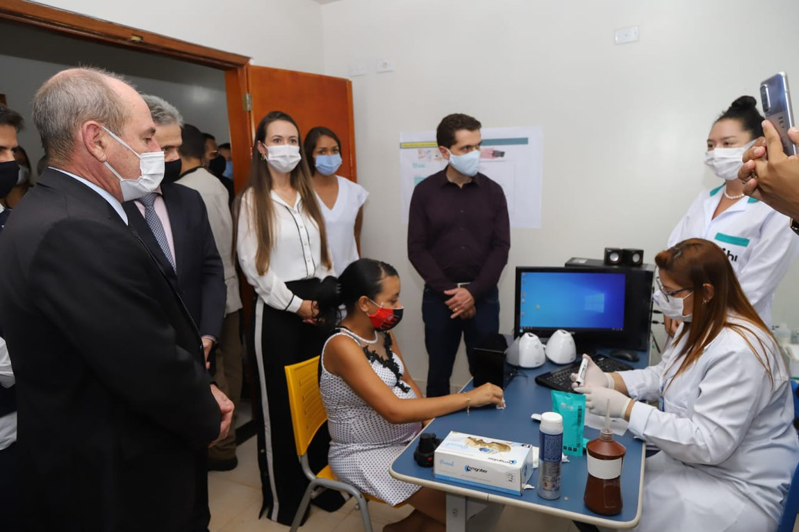 Ministro da Defesa acompanha projeto-piloto de telemedicina em Goiás