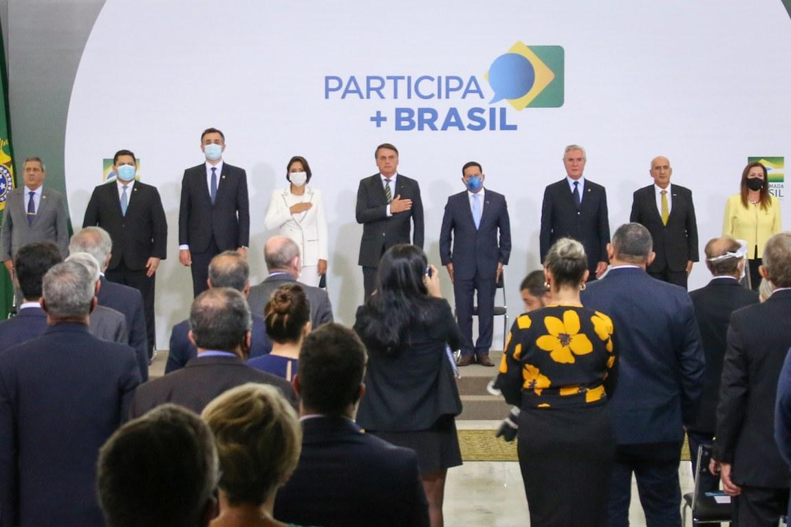 Ministro da Defesa prestigia cerimônia de lançamento da Plataforma digital Participa + Brasil