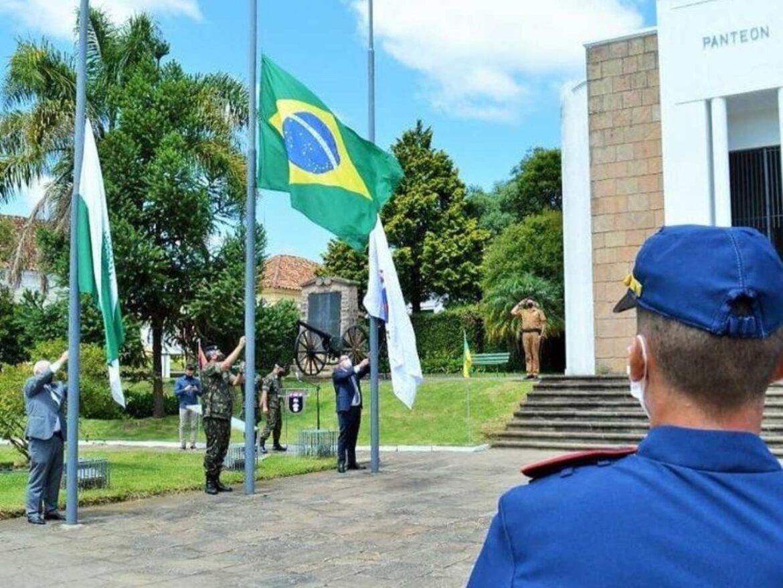 Exército celebra 127 anos do Cerco da Lapa no Paraná