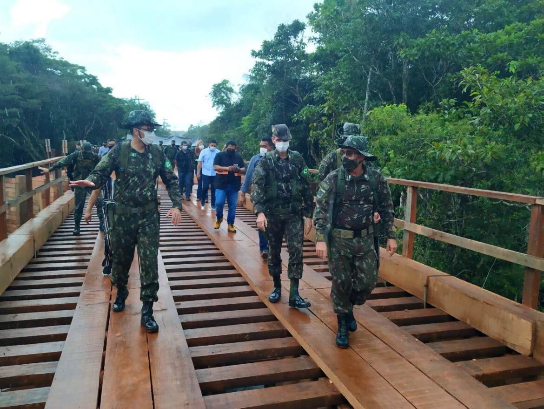 Engenharia do Exército conclui ponte sobre o Igarapé Yá-Mirim no Amazonas