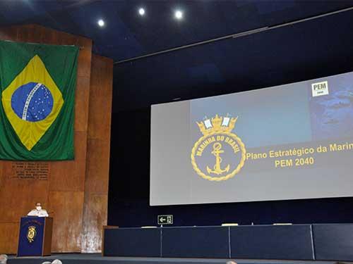 Chefe do Estado-Maior da Armada profere Aula Inaugural para os Cursos de Altos Estudos Militares da Escola de Guerra Naval